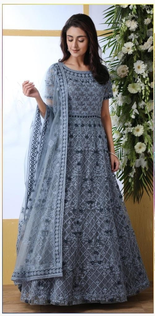 Pulchritudinous Grey Net With Thread Embroidered Work Stone Pasting Gown